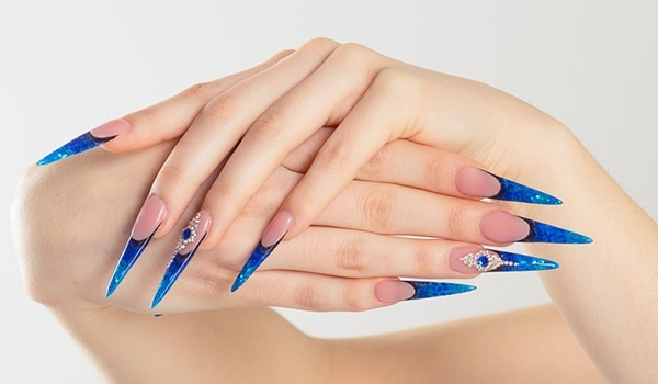 Got stiletto nails? Here are some chic nail art ideas for you!