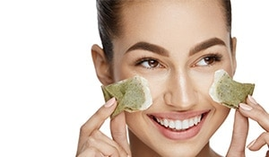 Green tea is the secret to getting youthful skin, here's how to use it...