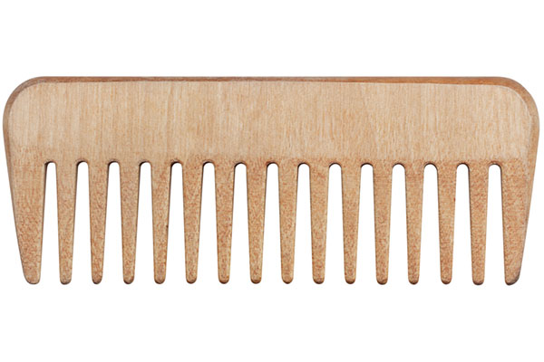 Wide-tooth comb