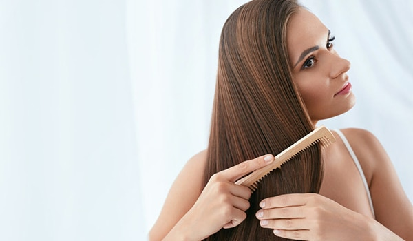 A quick and safe way to do hair smoothening at home