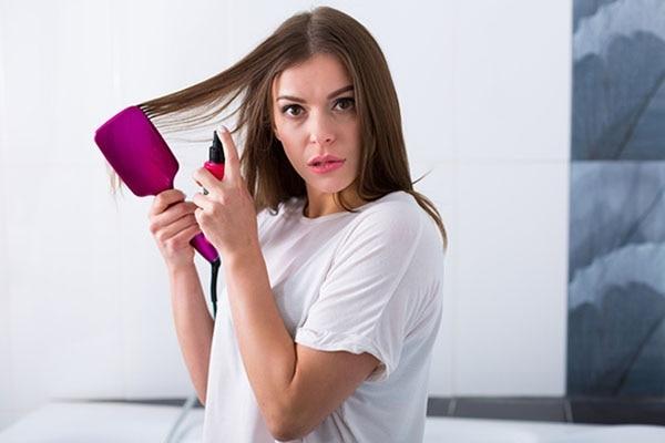 हेयर सीरम है क्या और यह आपके बालों की मदद कैसे करता है?