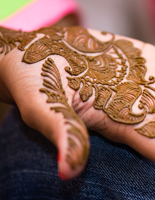 WHY HENNA BECAME ONE OF INDIA'S BEST HERBAL EXPORTS