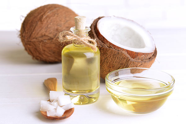 home remedies to reduce dark underarms coconut 600x400