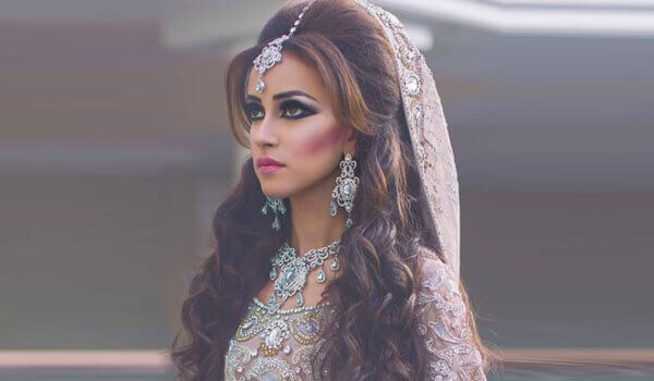 How To Wear Your Hair Open For Your Wedding