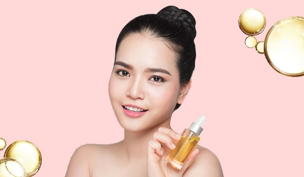 The right way to apply facial oil for glowy skin