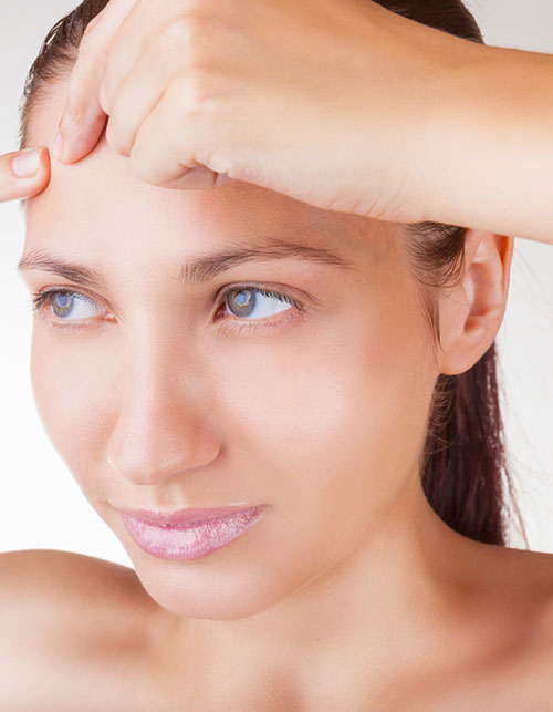 HOW TO FIGHT FOREHEAD ACNE