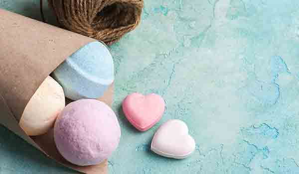 Make Bath Bomb At Home For Every Mood