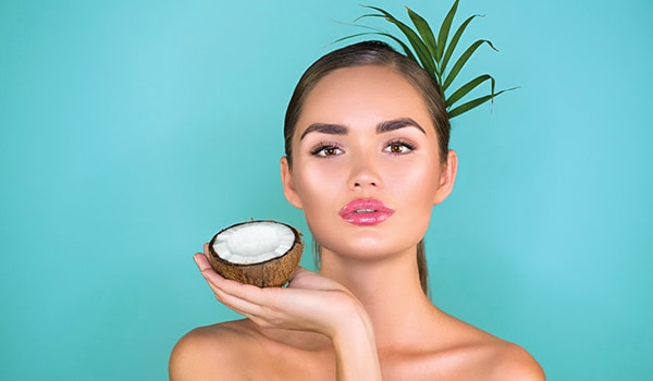 4 things you need to know before using coconut oil on your skin