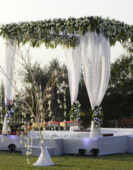 how to plan your destination wedding ankit.in 430x550