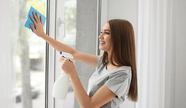 घर के काम-काज से हाथों में होने वाले वाली खुजली और ड्रायनेस से बचने के 4 तरीके