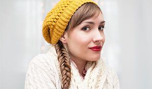 How to style your hair for a beanie