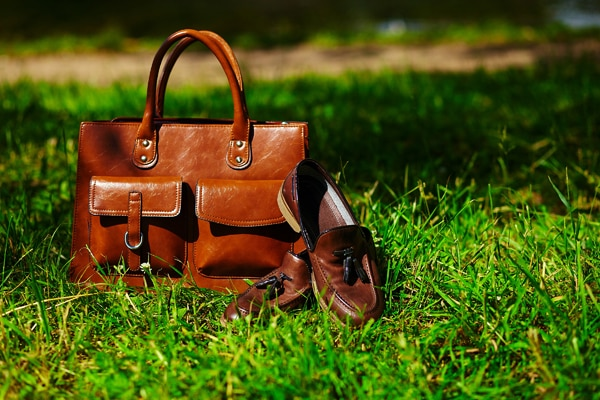 how to take care leather during monsoon 600x400 piccontent