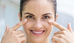 How to take care of the thin under eye skin