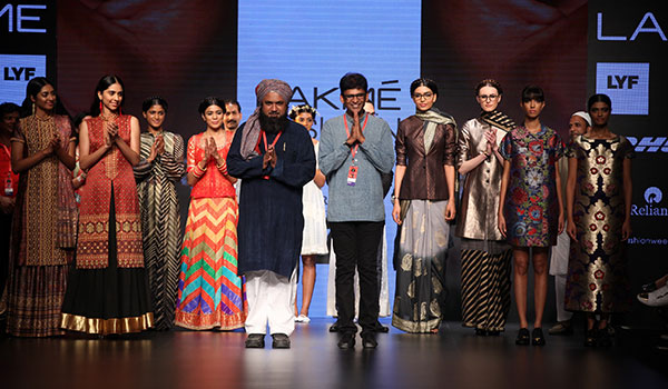 WHEN TRADITIONAL INDIAN CRAFTSMEN MET CONTEMPORARY INDIAN DESIGNERS