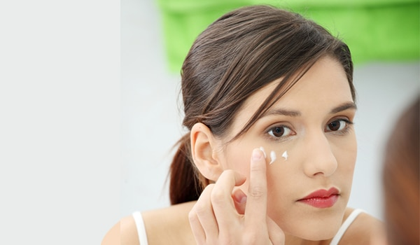 Key ingredients to look for when buying an eye cream