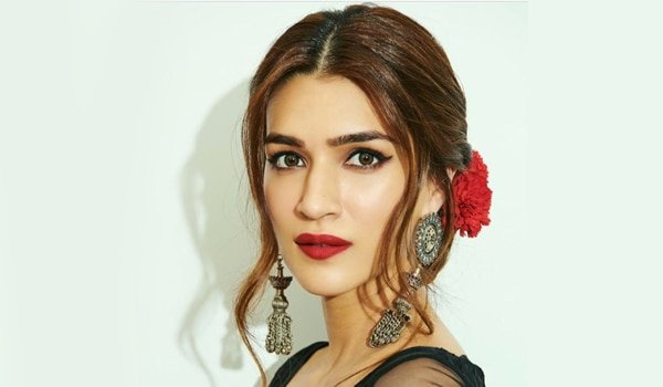 Kriti Sanon Birthday Special: 5 desi beauty looks to copy from the actress