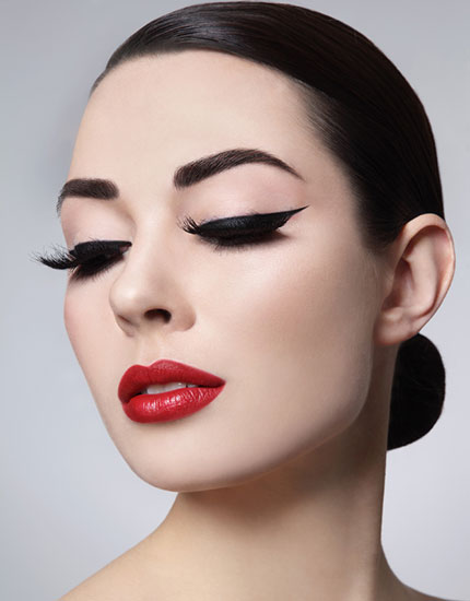 lakme precision liner winged eyes day look 430x550