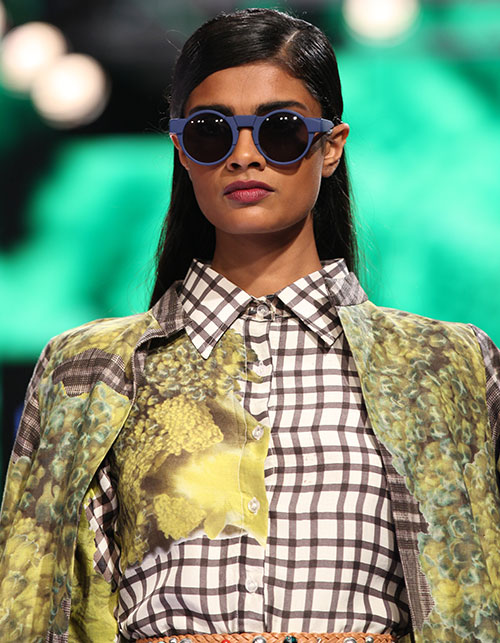 LFW POUT DIARY—LIPS THAT LEFT A BOLD IMPRESSION ON THE RAMP