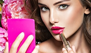 7 Signs you're a lipstick junkie