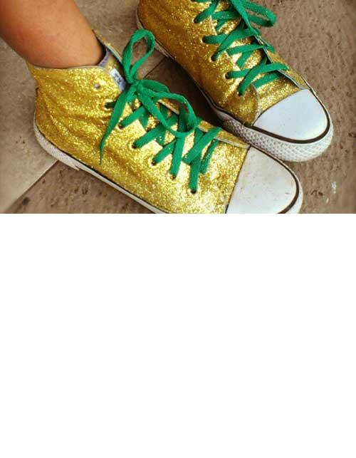 MAKE YOUR OWN DIY GLITTER SHOES