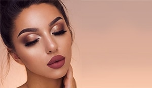 Makeup manual—a step by step guide on how to do makeup like a pro