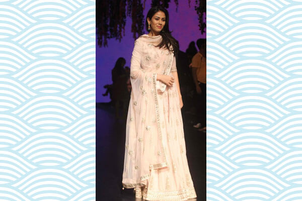 mira rajput kapoor outfit trend