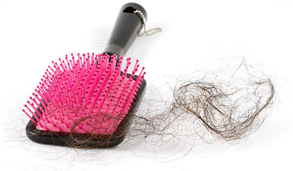 Are you making these mistakes while brushing your hair?