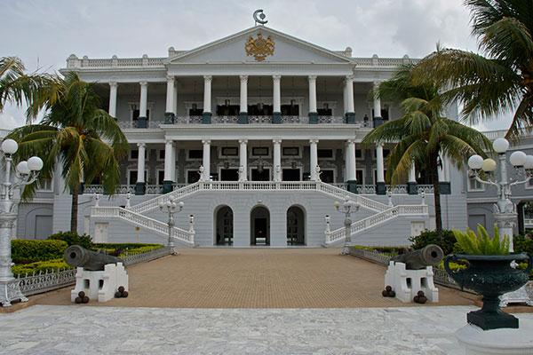 must visit heritage hotels in india taj 600x400