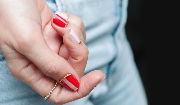 Nail contouring: The easiest way to fake long nails in an instant