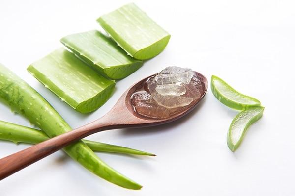 Aloe vera for remove red spots on skin