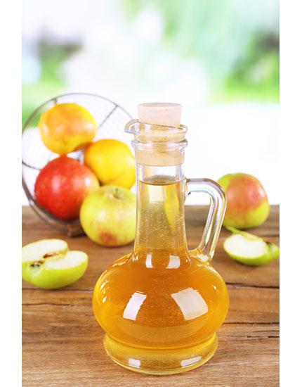 natural way beat period cramps apple cider vinegar 430x550