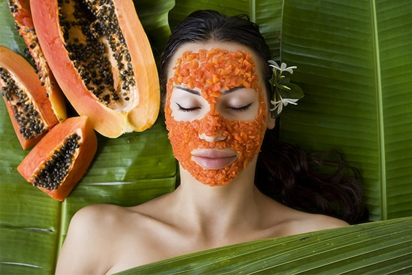 Papaya to get rid of dead skin
