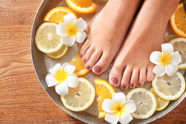 Avoid manicures and pedicures during monsoon