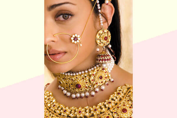 8 Types Of Bridal Nose Rings For Your Wedding Day