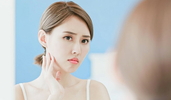 Causes of pale skin and how to treat it, according to an expert