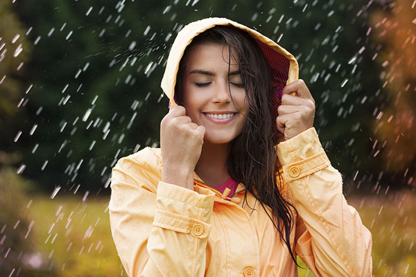 pick the right monsoon clothing