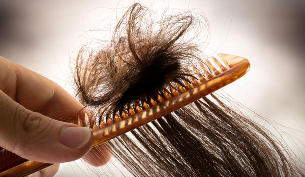 How to prevent your hair from getting knotted and tangled in the winter