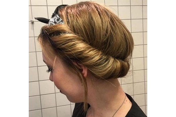 8 Quick And Easy Hairstyles For Working Women
