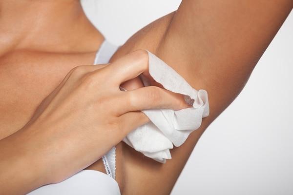 अंडरार्म्स को साफ़ रखें