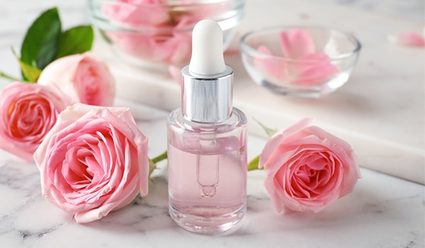 Benefits of glycerine–rose water mixture and how to use it