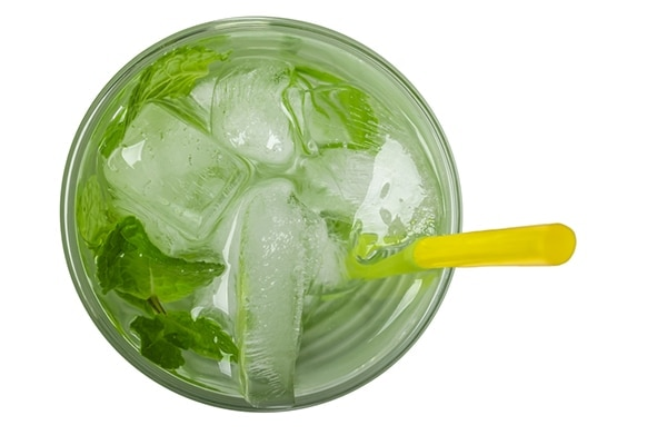Green tea ice cubes for flawless skin