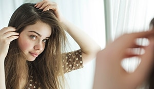 Is smelly scalp bothering you this monsoon? Here's how to tackle it...