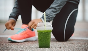 Smoothie recipes for a vigorous workout and glowing skin