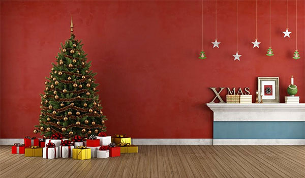 A STEP-BY-STEP GUIDE TO DECORATING YOUR CHRISTMAS TREE
