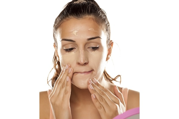 steps to conceal red zit