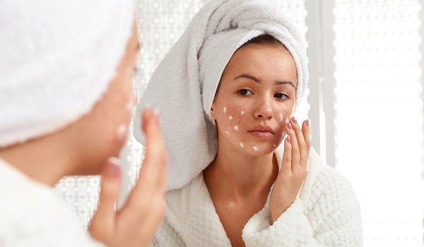 Sulphur for skin: Here's how this ingredient can be used to deal with acne woes