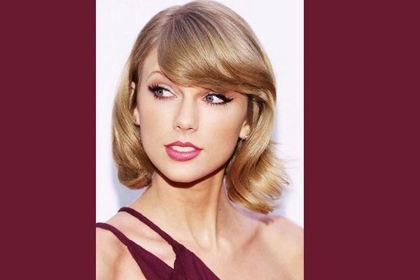 taylor swift cat eye makeup