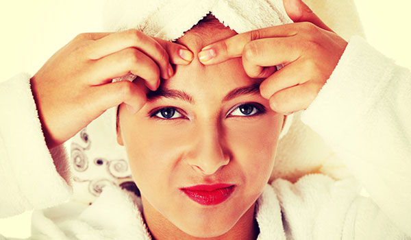 THE ULTIMATE GUIDE TO FIGHTING OILY SKIN