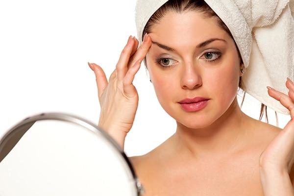 Moisturise your eyebrows