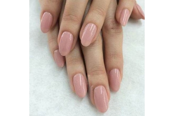 Round-shaped nails